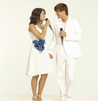 Zac Efron, Vanessa Hudgens - Everyday (from High School Musical 2) piano sheet music